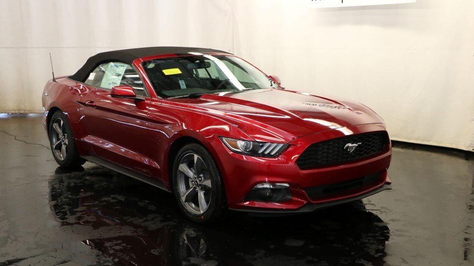 new 2017 ford mustang v6 in quincy f104584 quirk ford. Black Bedroom Furniture Sets. Home Design Ideas
